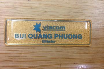 In thẻ tên nhân viên cài áo giá rẻ nhất Hà Nội