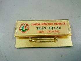 the-ten-nhan-vien-04